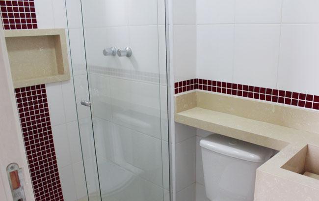 40 BANHEIROS DECORADOS COM PASTILHAS -> Banheiro Pequeno Com Pastilhas Claras