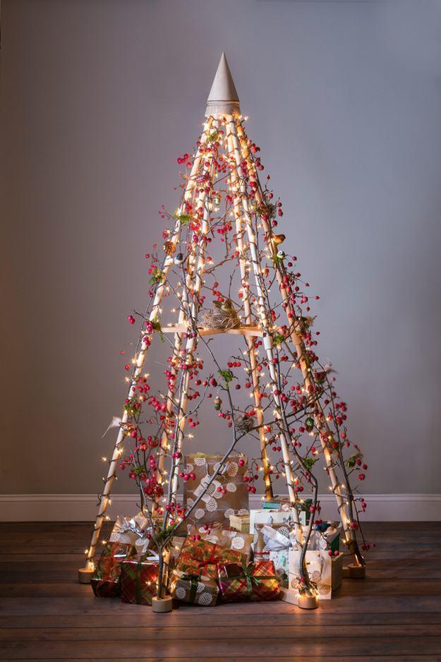 decoracao de arvore de natal simples e barata:para começar e arrancar elogios de amigos e parentes durante o natal