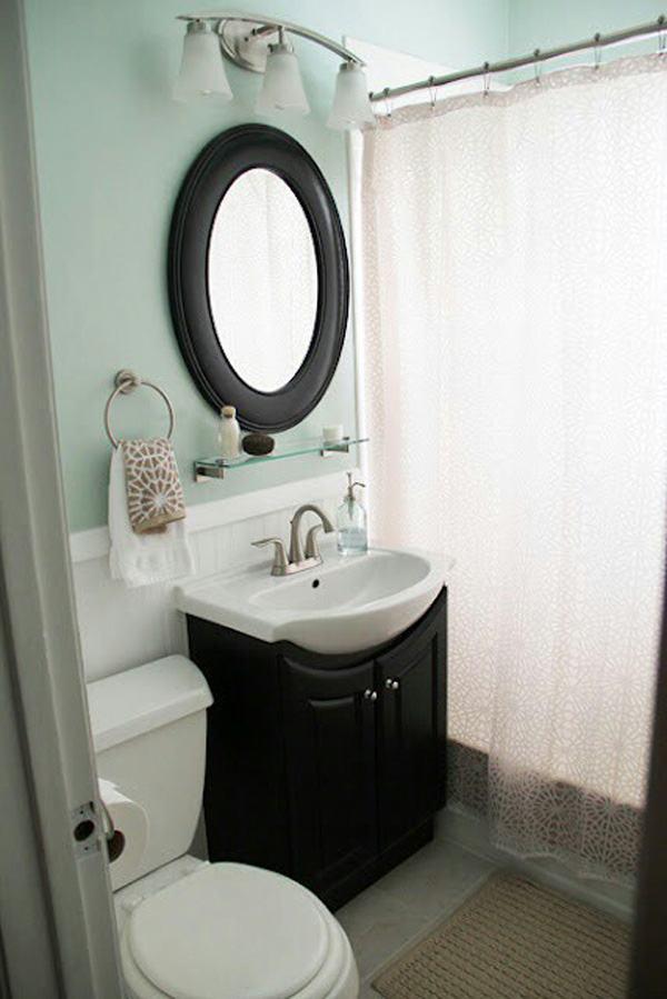 37-small-bathroom