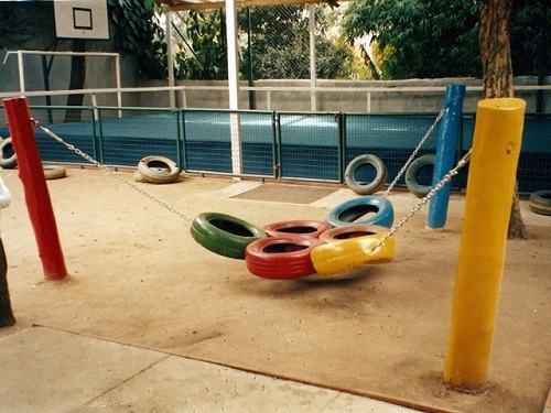 playground-feito-de-pneus-como-fazer-02
