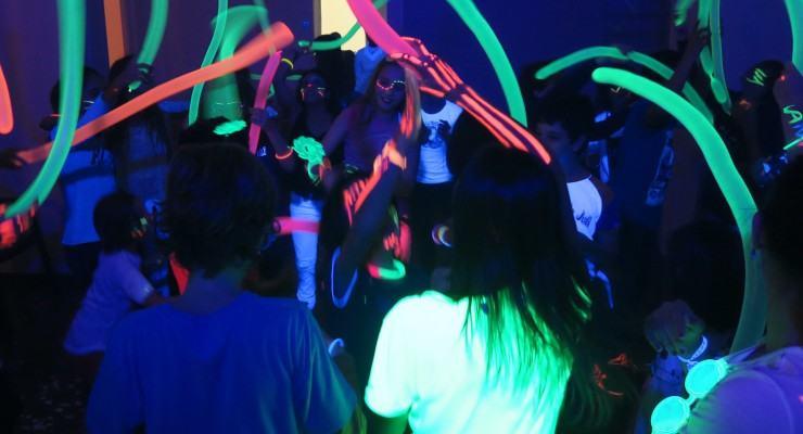 festa-neon1-740x400