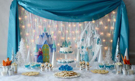 festa-frozen-mesa-bolo