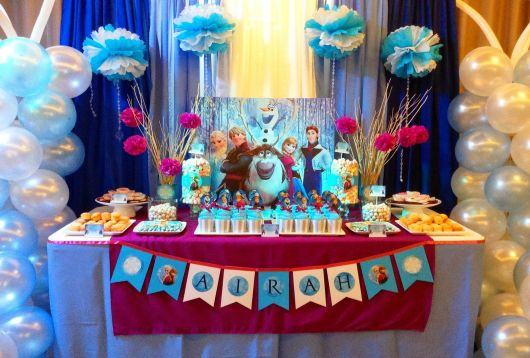 festa-frozen-simples-decoracao